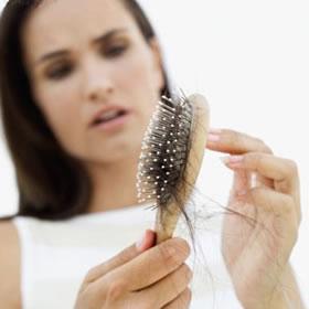 rambut rontok dan kerontokan rambut