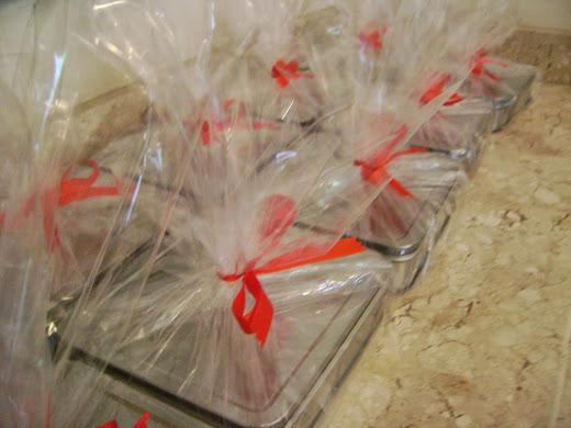 latas com biscottis ,encomenda para clientes de agencia de publicidade