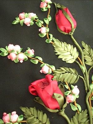 تطريز الورود