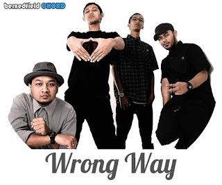 Lirik dan Chord(Kunci Gitar) Bondan F2B ~ Wrong Way
