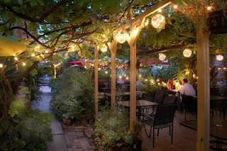 The Steel Trap A Midsummer Night S Dream Pusadee S Garden