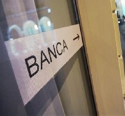 Conti correnti, prestiti, titoli azionari, mutui, tassi usurari: ecco come difendersi dai trucchi degli istituti di credito