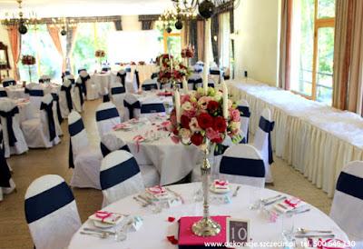 Dekoracja weselna Pałacu w Maciejewie w kolorze fuksji