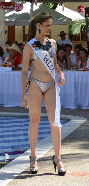 desfile-reinas-bambuco-traje-de-baño (4)