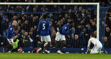 Gol Lukaku di Injury Time Selamatkan Everton