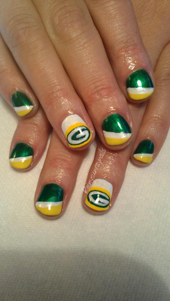 Green bay nail design : Rainysunraynails seahawks nails go hawks