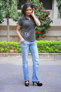 Priyamani Pictures in Jeans at Chandi Movie Press Meet ~ Celebs Next