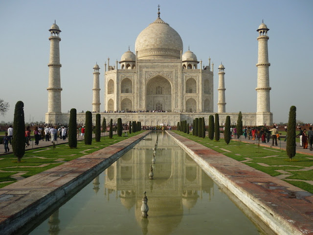 The Taj Mahal (Tejo Mahalay)