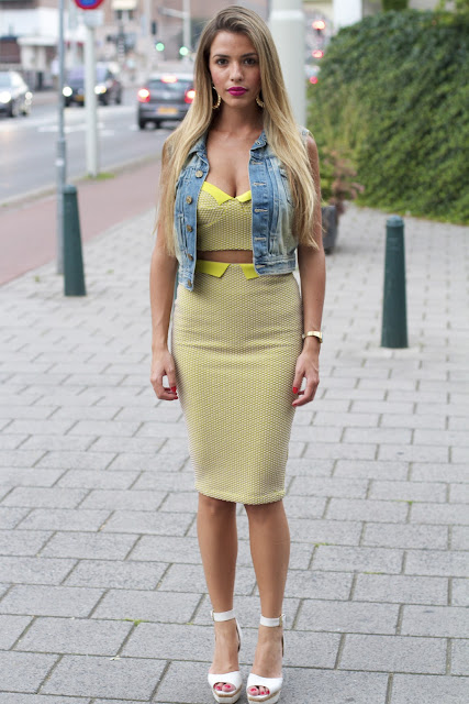 gilet pencil skirt street fashion
