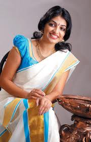 Mythili-hot-malayalam-Actress-5