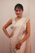 Nikitha Narayan saree photo shoot-thumbnail-7