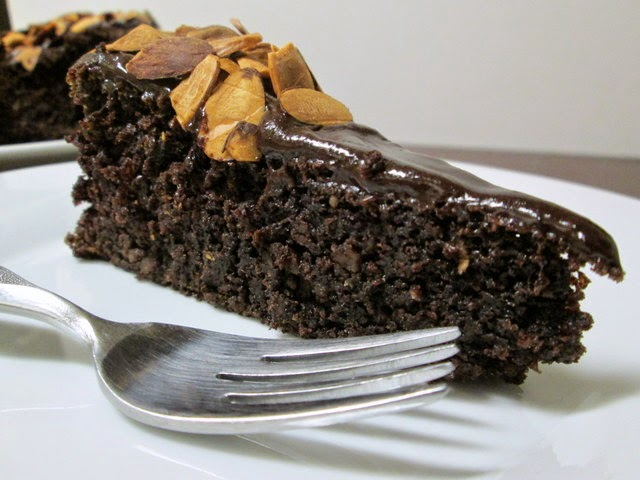 chocolate almond quinoa cake