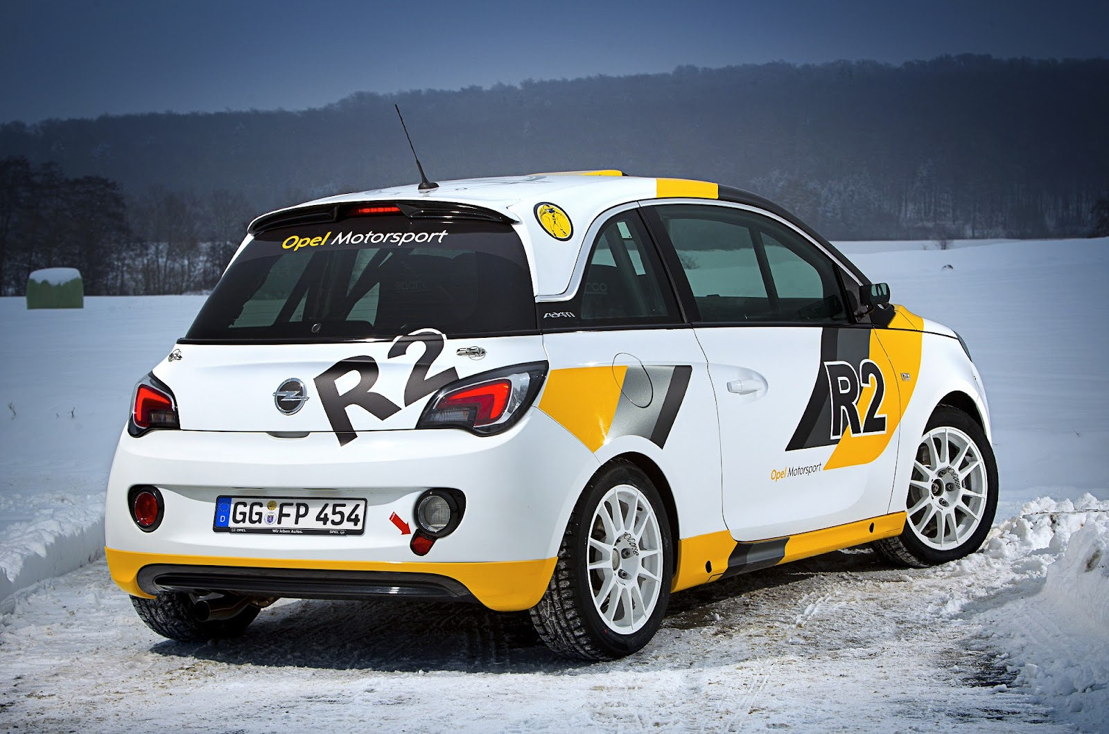 Speedmonkey: Opel Adam R2 rally car - specs and images