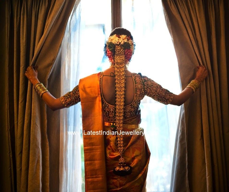 Heavy Nakshi Work Gold Jada