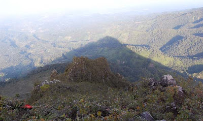 Keindahan Gunung Burni Telong Takengon
