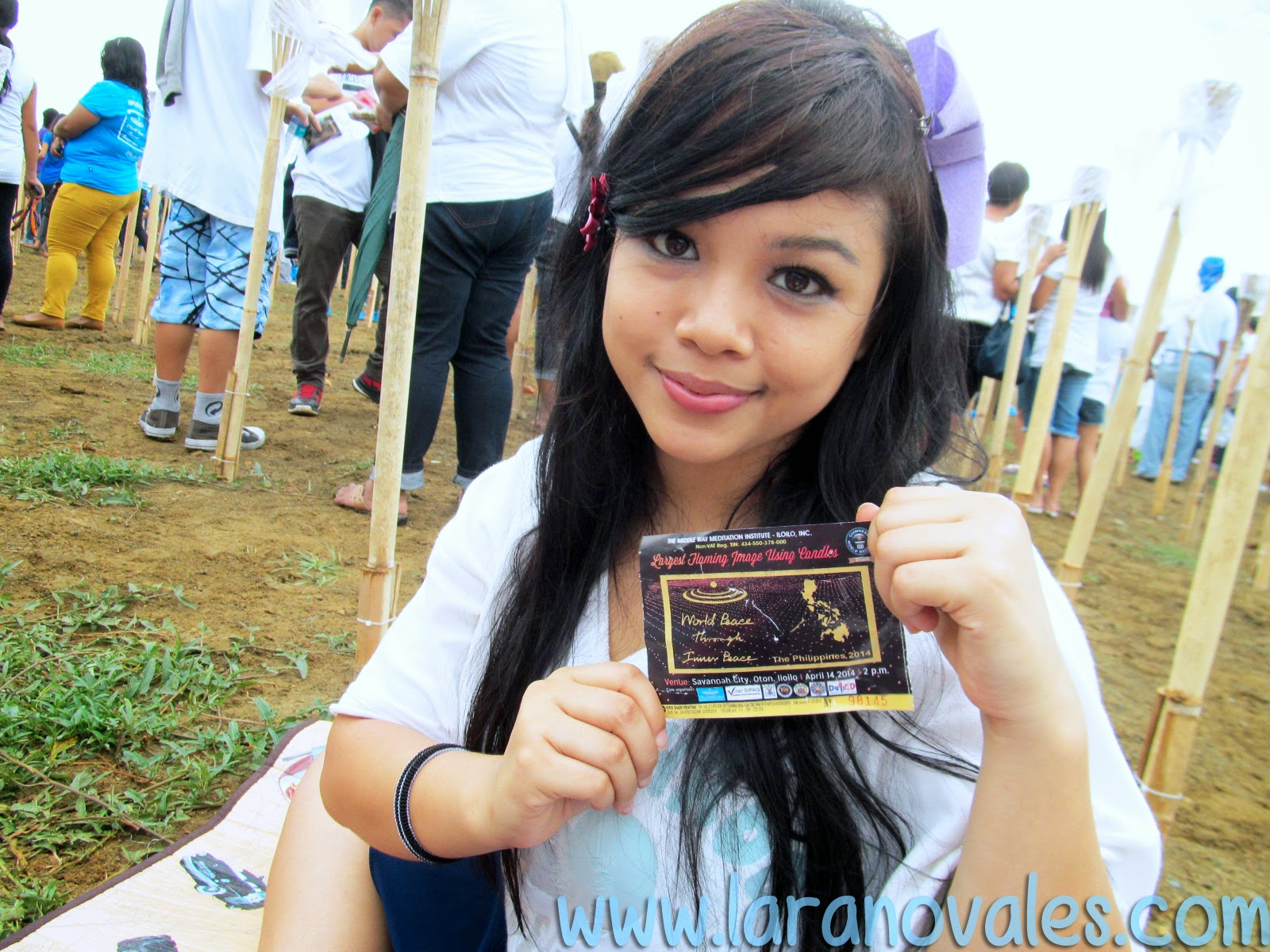 Lara Novales Guiness book of records Light of Peace 2014 Philippines