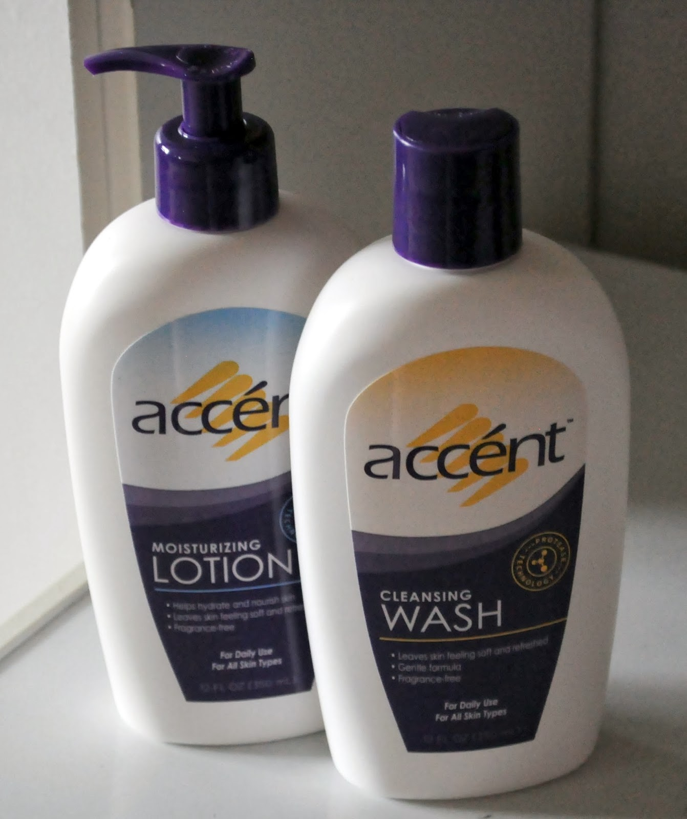 Hanging Off The Wire: Accent Skincare - 2013 Gift Guide #StockingStuffer