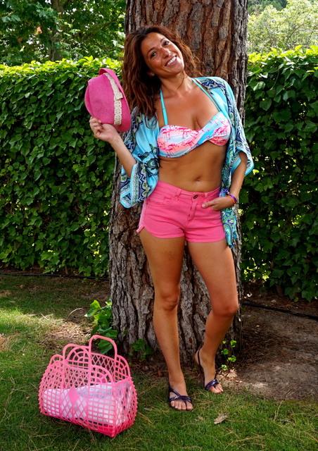 shorts rosas bikini