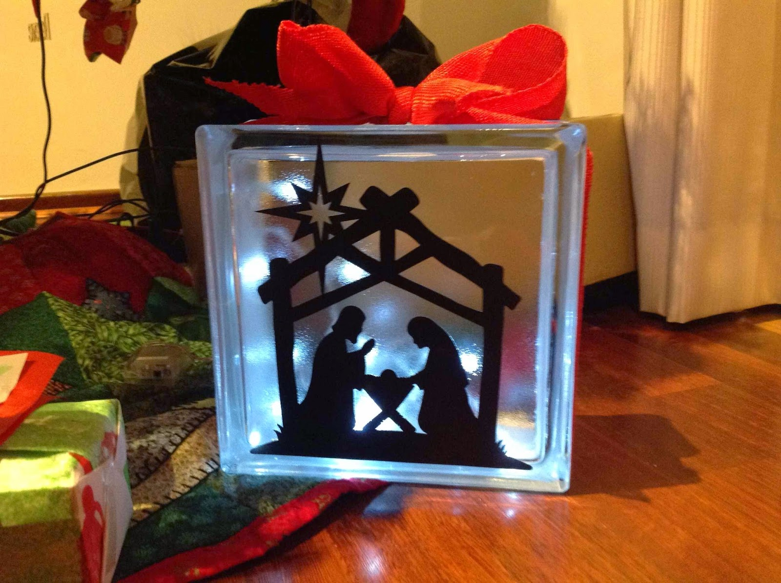 diy lighted glass block christmas decoration - Glass Block Christmas Decorations