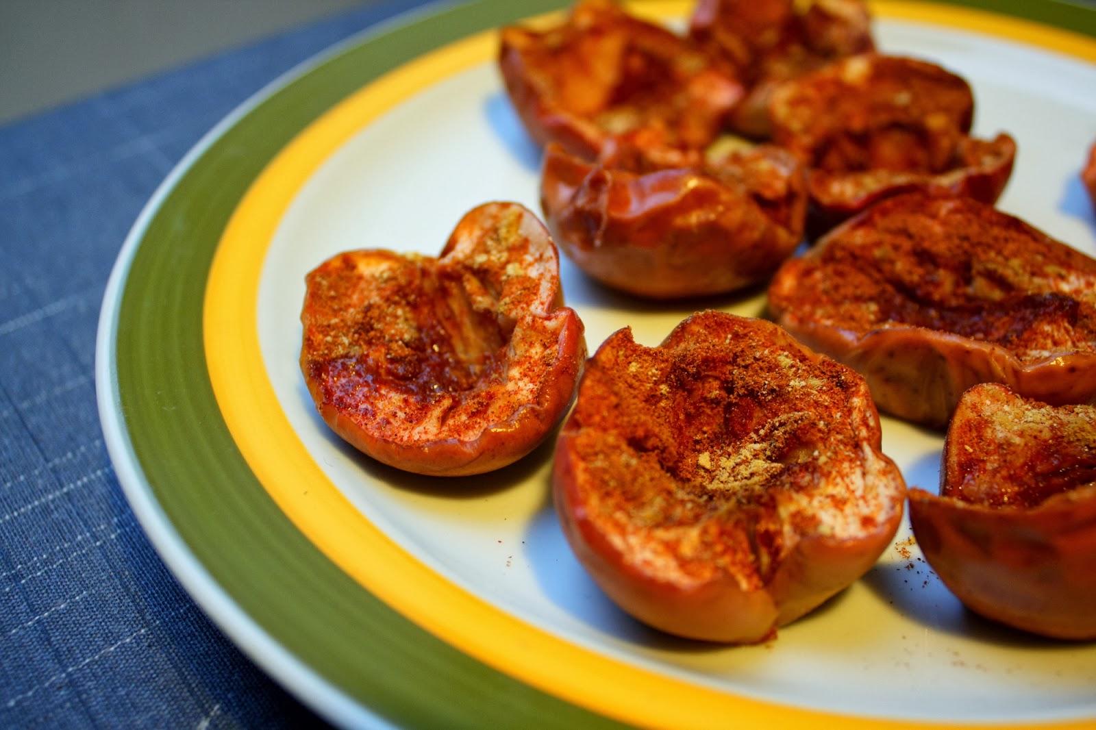 bagte æbler i ovn