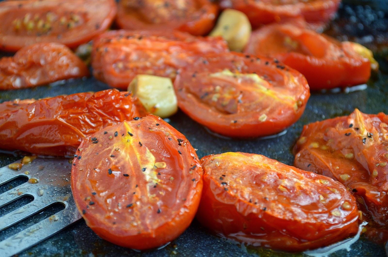 Roasted Tomato & Garlic