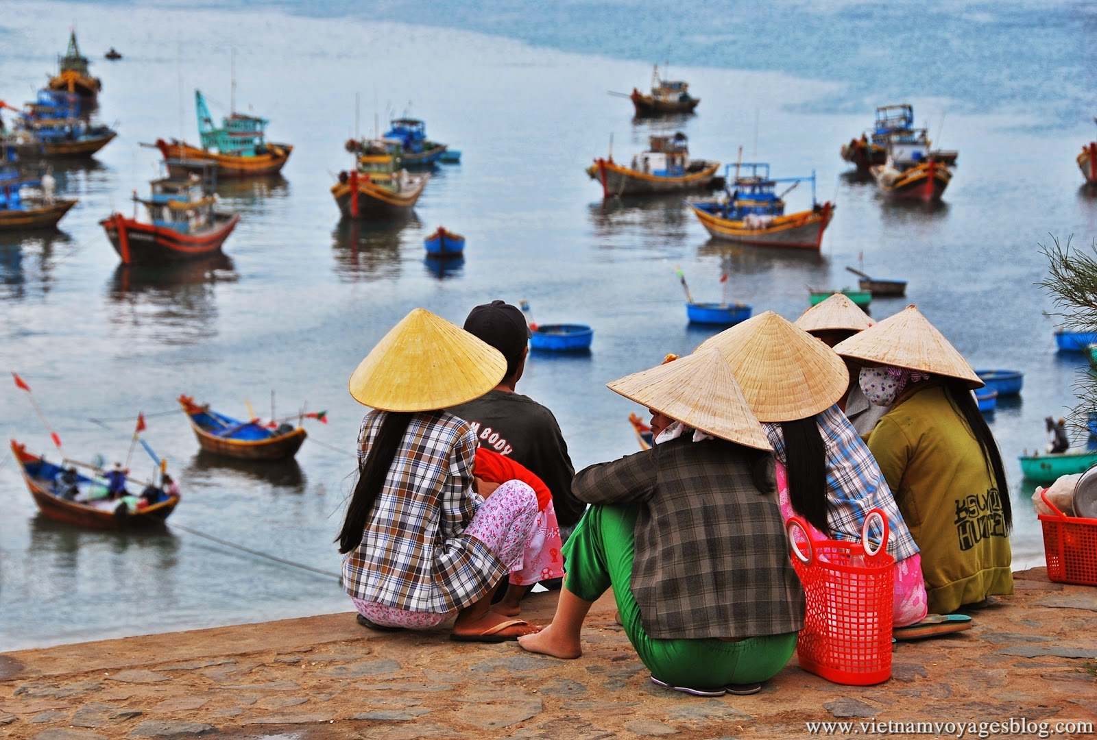 Phong cảnh làng chài ven biển tại Mũi Né, Phan Thiết