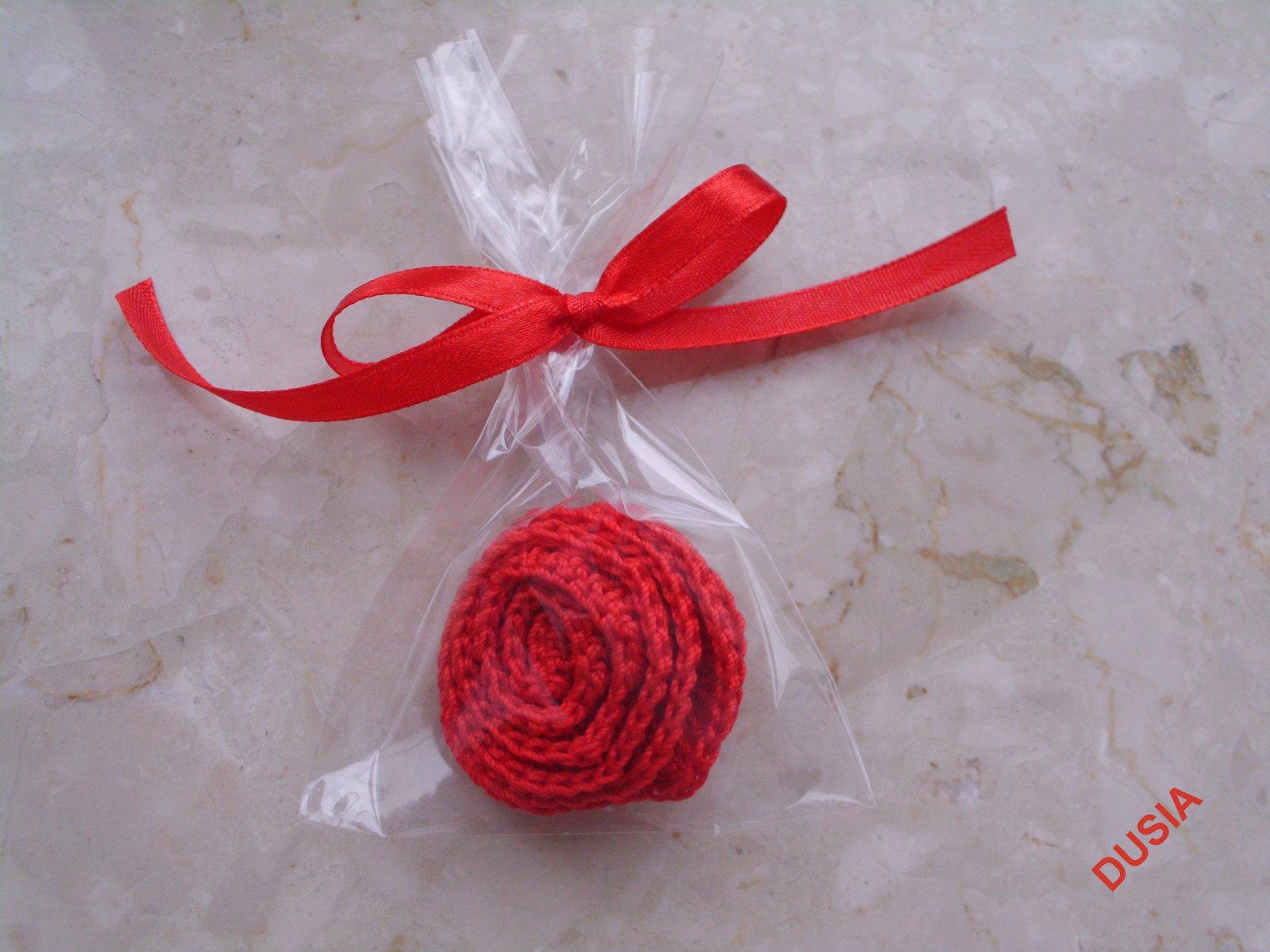 Kwiatuszek czerwony