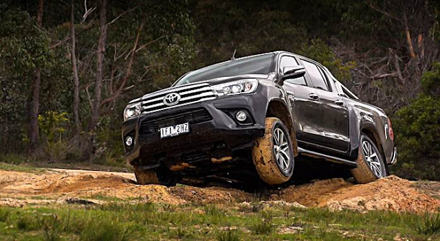 2016 Toyota HiLux Review