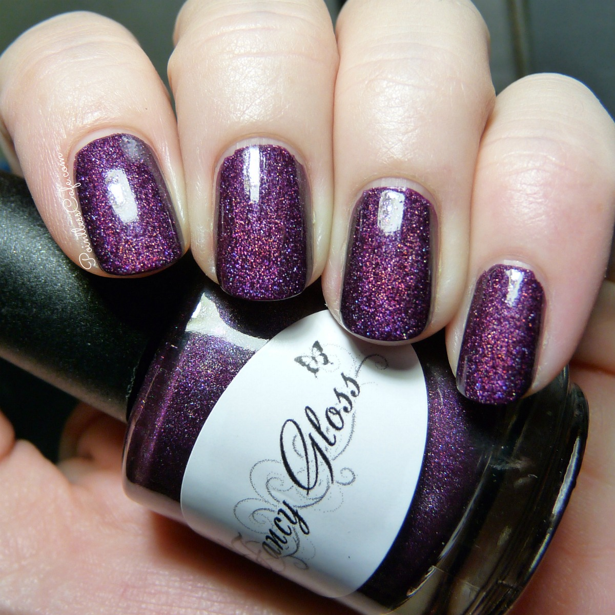 Fancy Gloss Lacquer: Frozen Berries | Pointless Cafe