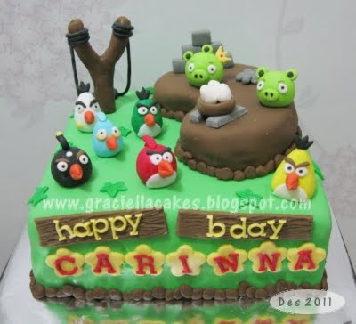Graciella cakes birthday manye cake wedding cupcake for Angry birds cake decoration
