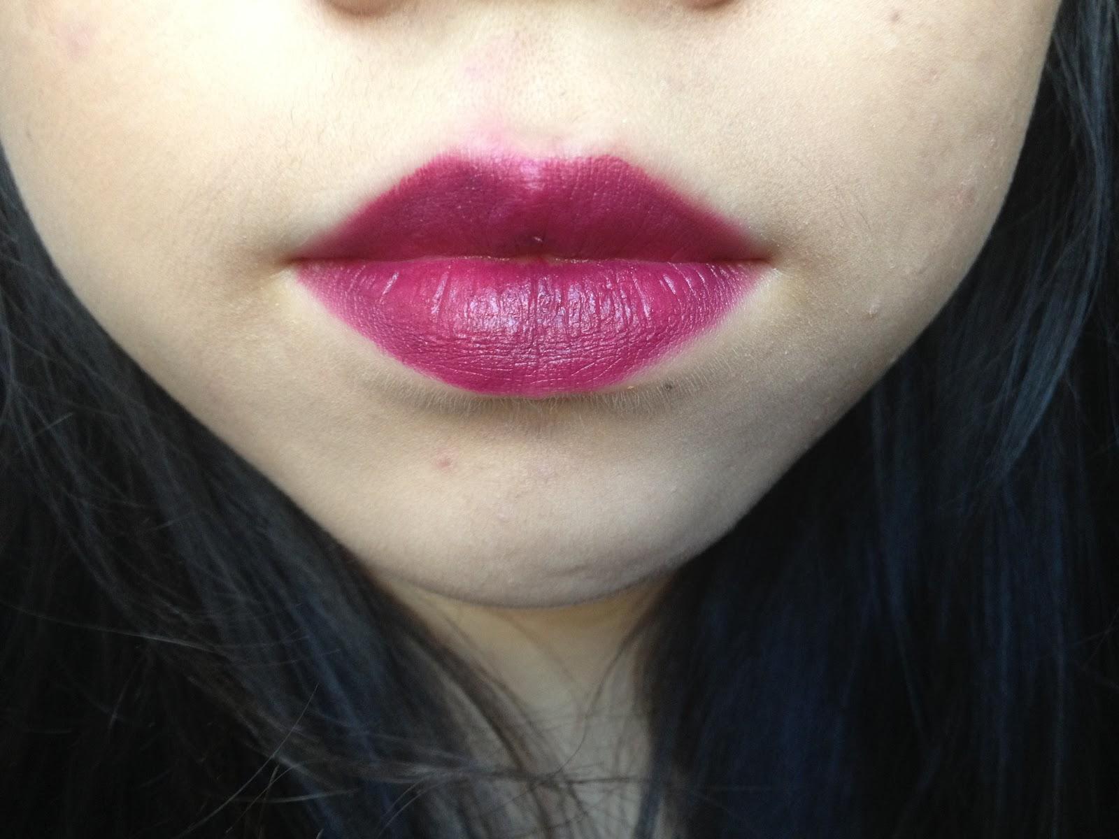 blog wet n wild lipstick in sugar plum fairy reviewswatch