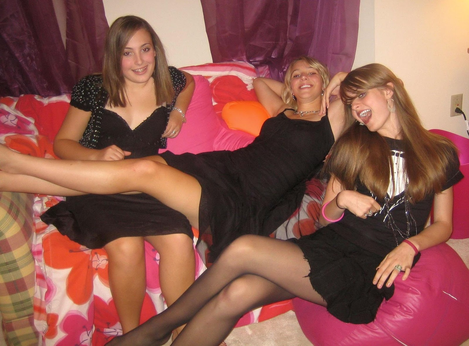 Party look skirt dress nylons tights heels