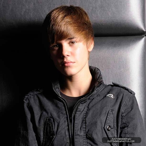 Justin Bieber Biography - Pictures And Biography джастин бибер биография