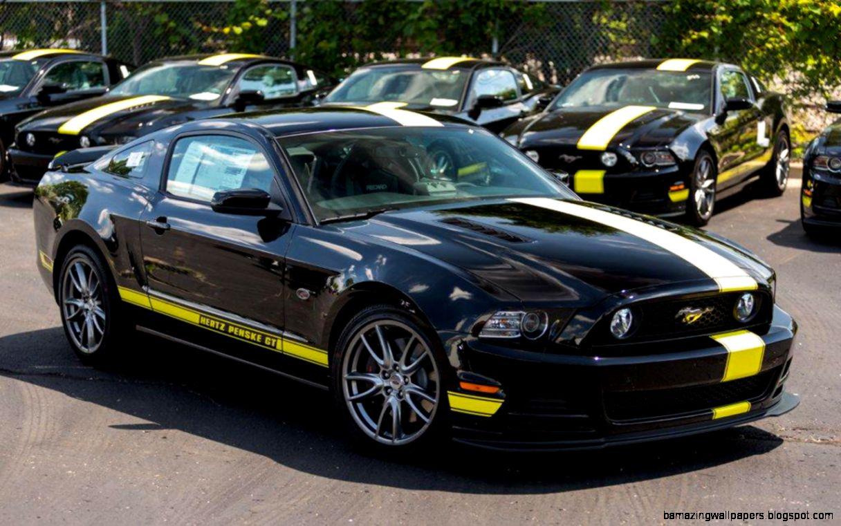 Hertz Penske Mustang GT