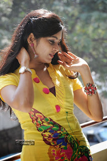 Actress-Madhumita-New-Stills