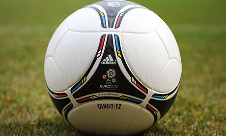 Gambar Bola Adidas Tango 12