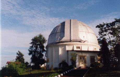 Tempat wisata menarik di bandung Teropong Bintang Bosscha