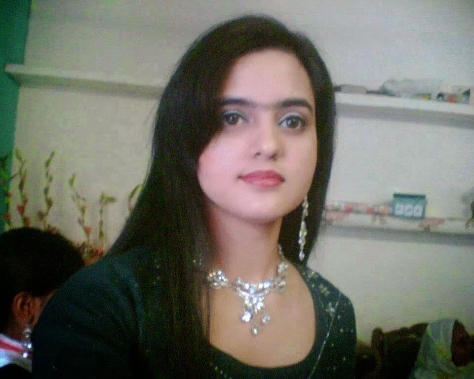 Hd wall paper beautyful girls wallpapersindian pakistanigirls hd wall paper beautyful girls wallpapersindian pakistanigirls wallpaper fashion masti voltagebd Images