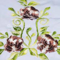 Telekung Vietnam bunga coklat-putih / daun hijau bunga timbul