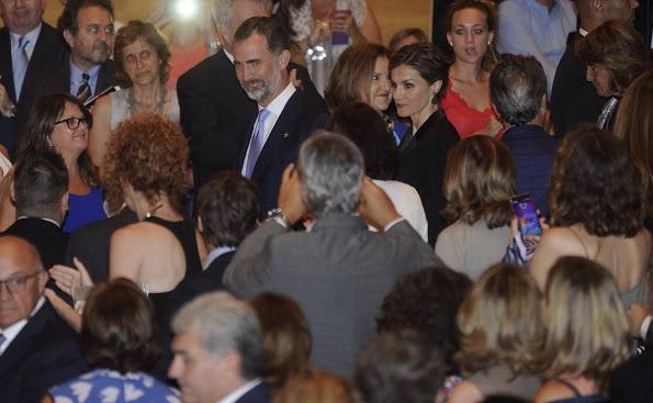 Spanish Royals Attend Princesa De Girona Awards 2015