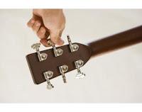 gitara štimanje, štimanje akustične gitare