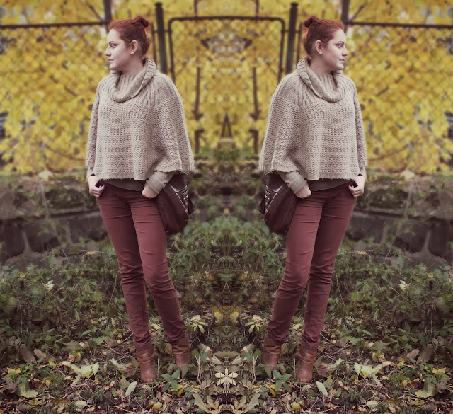 brown outfit, brown trousers, brown sweatshirt, red head, poncho