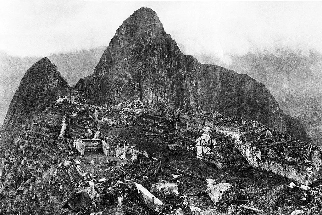 Fotografía de Machu Picchu tomada en 1912 por Hiram Bingham