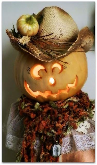 fall pumpkin decor using dress form