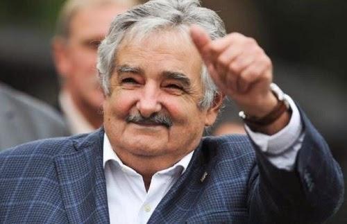 José Mujica, uma experiencia futurista