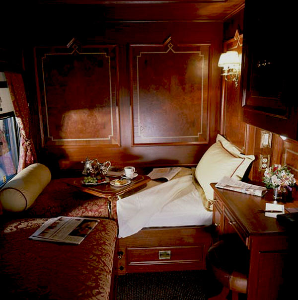 wuthering iris venice simplon orient express. Black Bedroom Furniture Sets. Home Design Ideas