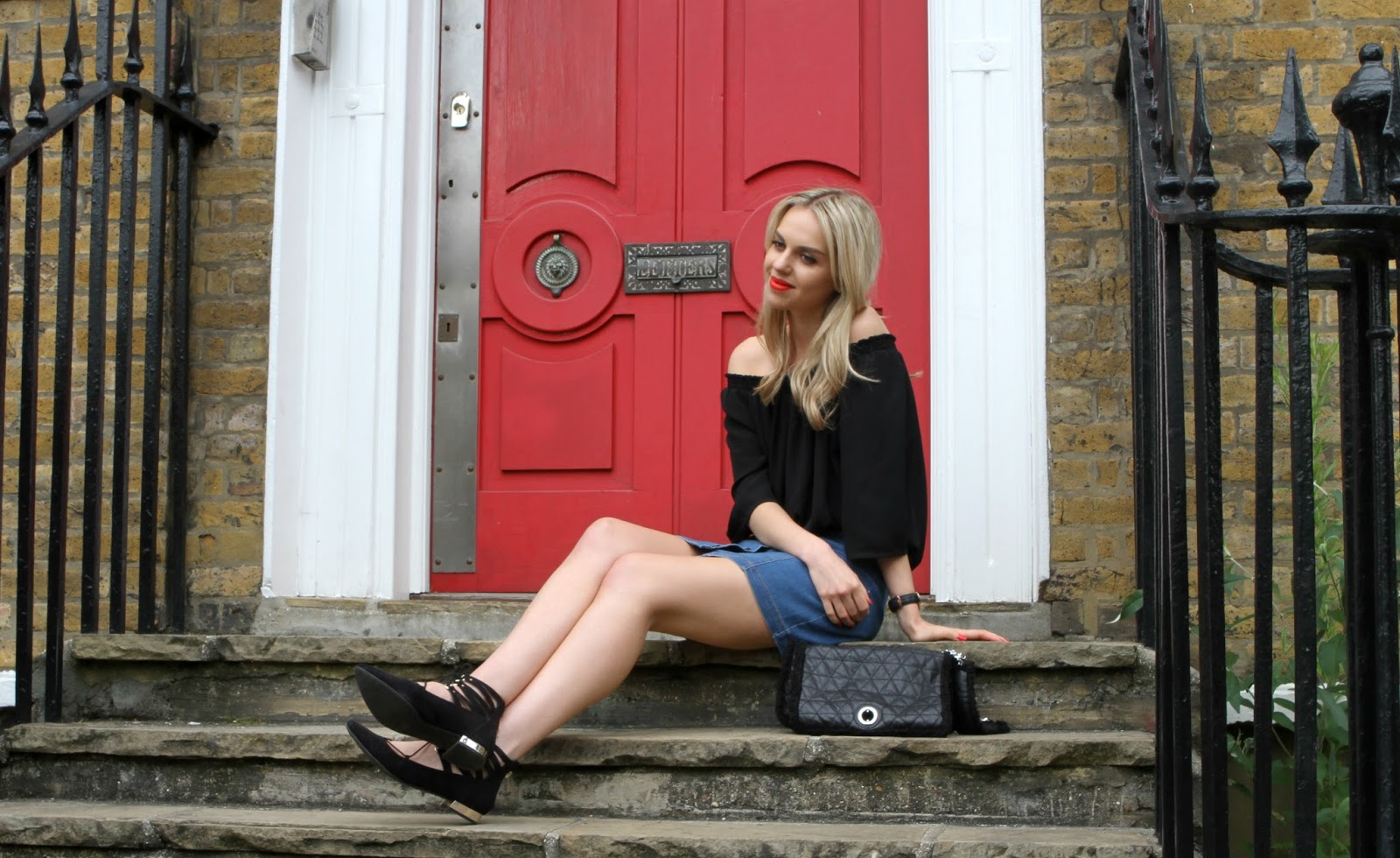 blogger on steps