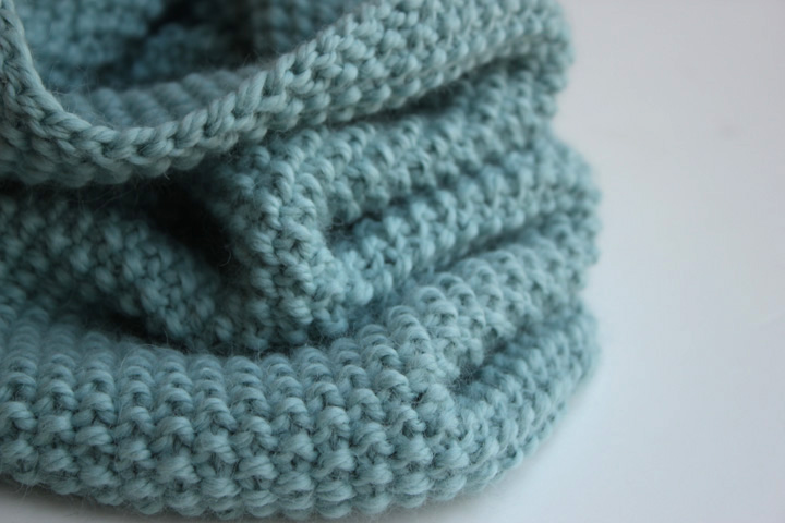 Knitting Seed Stitch With Odd Number Of Stitches : SweetKM: Seed Stitch Knit Cowl
