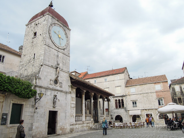 克羅地亞, 塞吉爾, Trogir, city hall
