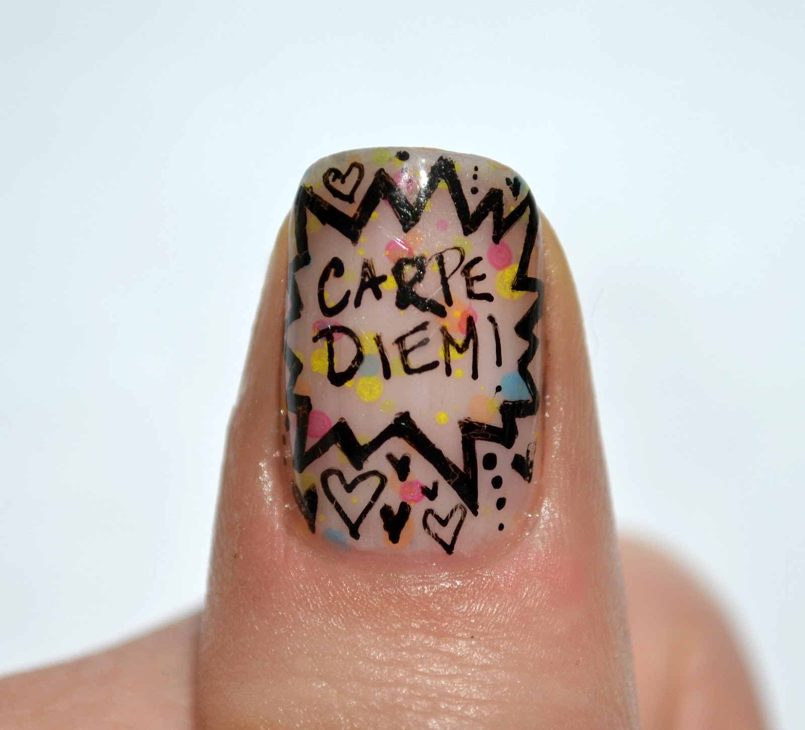Starfish on the Beach: Doodle Nails